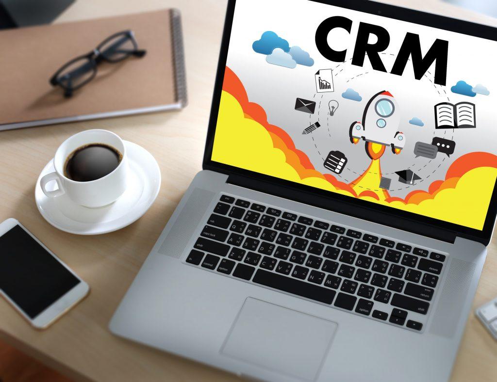 CRMシステムってなに?】導入することで得られる強みとは | ITコラムdeパイプドビッツ|パイプドビッツ公式HP